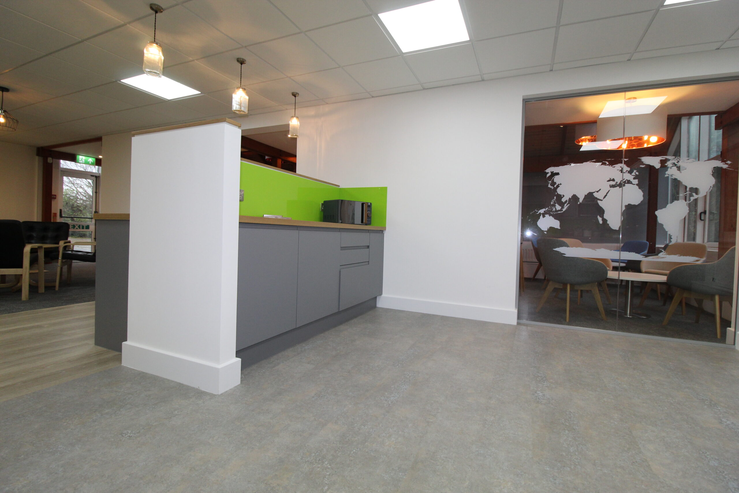 grey kitchen units with lime green splashback, Glass partiton with work map manifestation