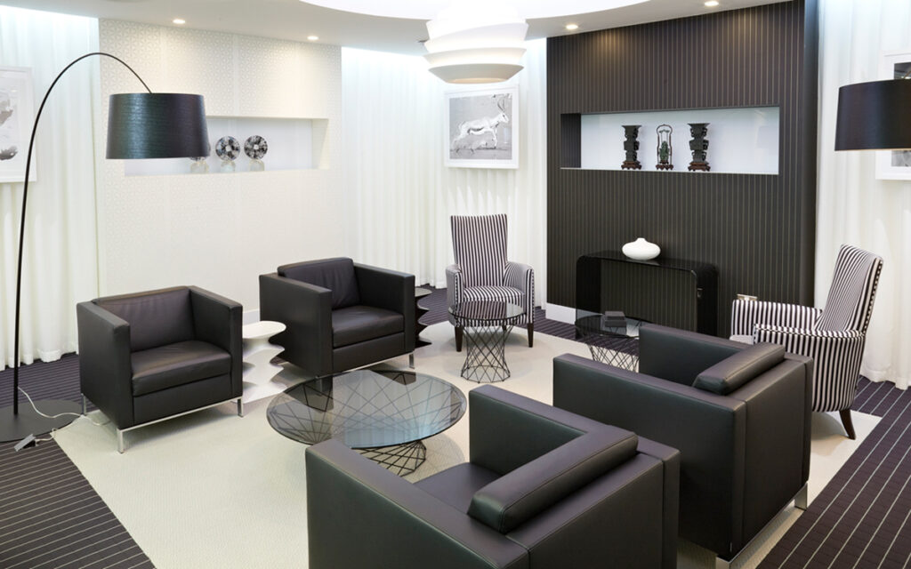 smart executive office with black furniture and stripy theme